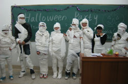 Students in China learn about Halloween.
