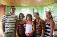 Peace Corps volunteer Dorian Diaz del Castillo with members of the women's group.