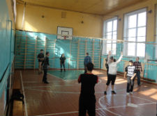 Students in Peace Corps volunteer Joshua Davis' Ukrainian community play volleyball.