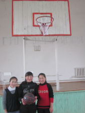 Students in Peace Corps volunteer Brandon Sheaffers village play basketball.