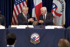 President Ricardo Martinelli and Peace Corps Chief of Staff Stacy Rhodes.