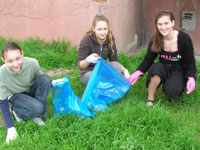 Peace Corps/Ukraine volunteer Barbara Trecker of Kihei, Hawaii, organized a cleanup for Earth Day with youth in her host community.